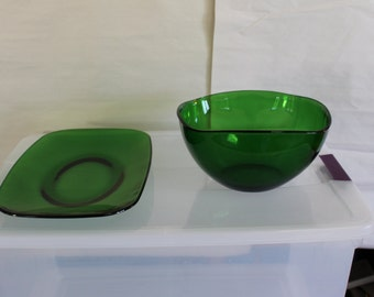 Emerald Transparent Glass Bowl & Platter, 4 Sided Bowl, Perfect for Parties And Entertaining, St. Patrick's Day Parties, Home Decoration