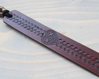 Leather Bookmark, Celtic Heart Bookmark, Leather Book Mark, Book Accessories, 3rd Anniversary Leather Bookmark, Valentines Day, Gift for Mom