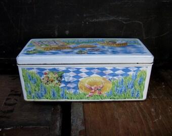 Cadburys Tin - Cadburys Chocolate - Cadburys Biscuits - Vintage Tin - Decorative Tin - Collectible Tin - Picnic Tin - Vintage Picnic