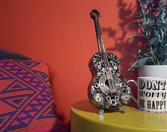 Steampunk guitar/ukelele model crafted from recycled metal objects. Personal message available. Ideal original gift.