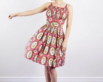 Vintage 1950s Tulip Sundress / Cotton Dress / 50s Sundress / Floral Dress / Shelf Bust / S