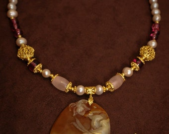 Amber Beauty A-Grade Red Jade Ancient Oriental Necklace