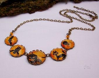 Halloween Necklace, Halloween Jewelry, Pumpkin bat spider Necklace, Orange Necklace, Halloween Party Jewelry Halloween Gift, Autumn Necklace