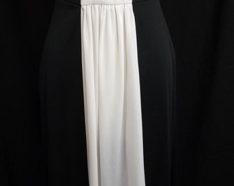Vintage color block long Maxi dress! It is 1960's early 1970's