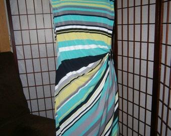 Women's Sarong Style Dress -