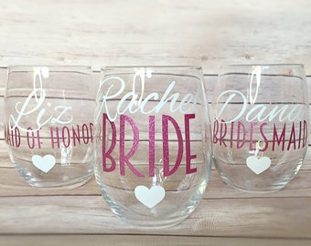 SET OF 6, bridesmaids cups, bachelorette cups, wedding cups, initial wine glasses, custom wine glass, custom wedding gift, bachelorette cup