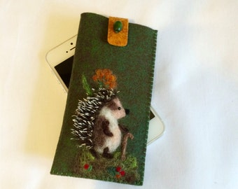 Green IPhone Cover, Felt Cell Phone Sleeve, Mobile Phone Cover Felt,Green eyeglass case, Gift for her,Gift for him,Case iPhone with Hedgehog