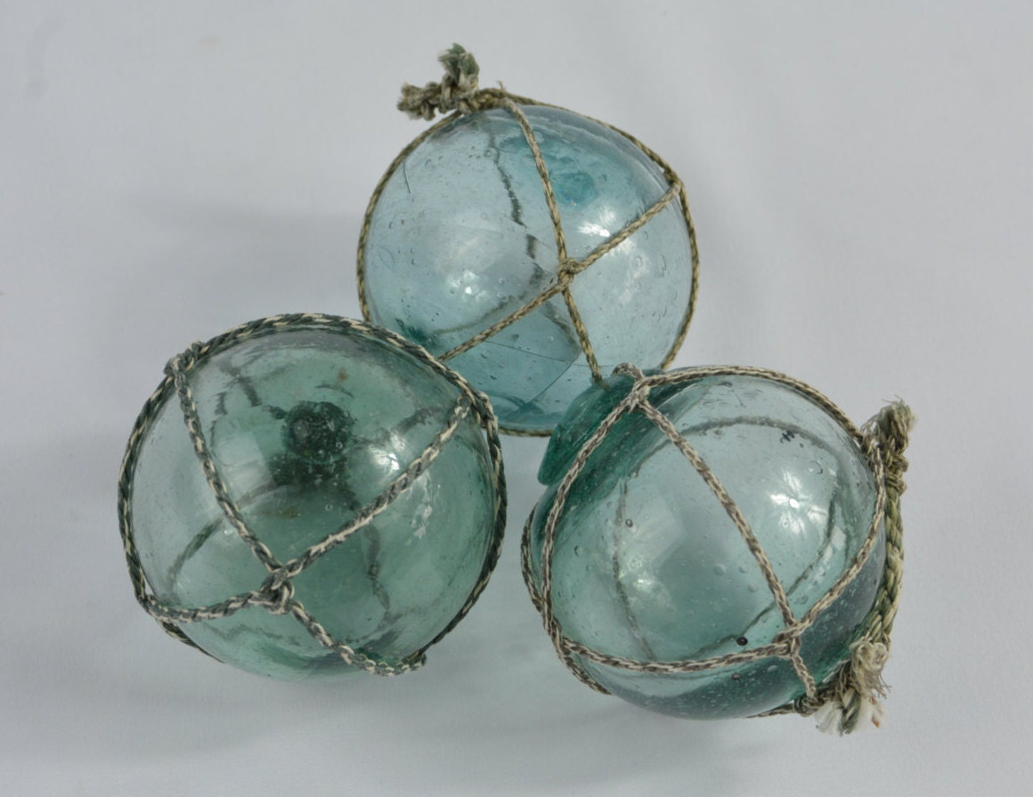 Three vintage japanese glass fishing floats for Japanese fishing floats