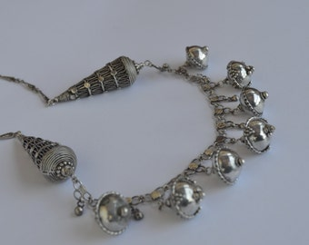 Silver filigree ethnic yemenite necklace