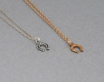 Small Horseshoe Necklace, Minimal Necklace, Tiny Silver Necklace, Dainty Necklace, Lucky Charm Necklace, Gold Necklace, Thin Silver Necklace