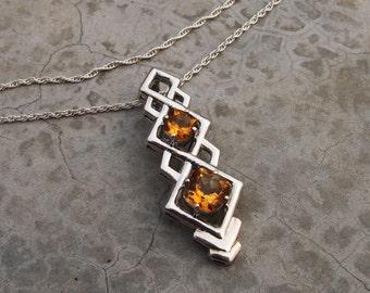 CITRINE Pendant in 925 Sterling Silver, Square citrine Infinity pendant Futuristic pendant Success gemstone Natural citrine Cushion cut gems