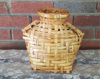 Vintage Jug Shaped Woven Basket Dry Vase
