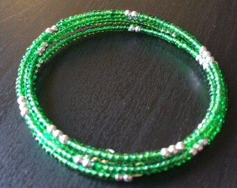 Seed bead bracelet: Kelly Kelly Kelly
