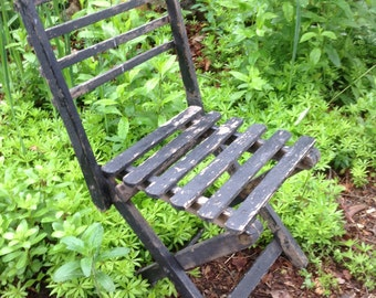 Old Rustic Wooden Slat Child's Folding Camp Chair