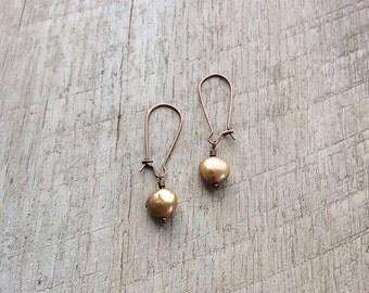 Topaz Freshwater Pearl Kidney Wire Earrings, Dangle Earrings, Pearl Earrings, Rustic Modern Jewelry, Pearl Jewelry, Free Shipping U.S.