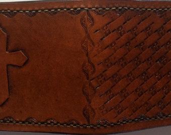 Handmade Cross and basket Weave Bi-fold Wallet