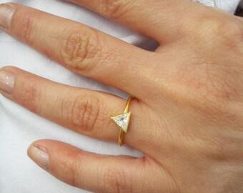14k Gold Diamond Ring-Trillion Diamond Ring-14K Gold Ring-Gold Ring-Statement Ring-Handmade Ring