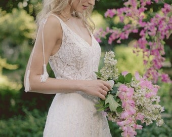 PENELOPE GOWN - Bohemian lace wedding dress Rustic style