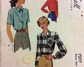 1940s blouse short or long sleeve McCall 7277 vintage sewing pattern Bust 32 Waist 26.5 Mid Century Retro 40s Post War era