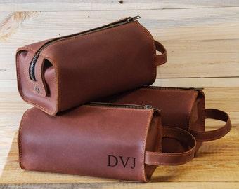 Leather Personalized Dopp Kit, leather, Mens Toiletry Bag, Mens Wash Bag, men's travel case, Mens Shaving Bag, Groomsmen Gift, Brown