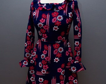 60s Mod Floral Dress // 1960s Dress in Floral Corduroy
