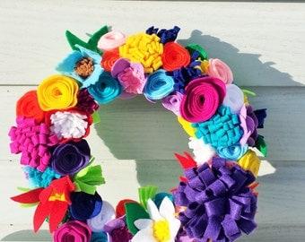 Bright Spring Felt Flower Wreath with Pink, Purple, Blue, Red, Orange & White Flowers, Yarn Wreath, Summer Wreath, Modern Felt Flower Wreath