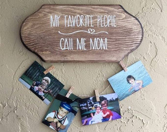 Personalized Wall Plaque with Hanging Pictures, Gifts for Mom, Gifts for Grandma