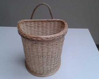 Door basket, willow wall basket, hanging wall basket, cottage chic decor, beach house, christmas