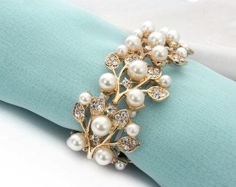 Pearl bracelet, GOLD Wedding bracelet, Bridal pearl bracelet, Bridesmaid bracelet, Bridal jewelry, Wedding jewelry accessories 0111G