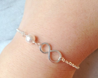Sterling Silver Infinity Pearl Bracelet , Bridal Jewelry, Mother of the Bride, Wedding Jewelry.Bridesmaid Jewelry.