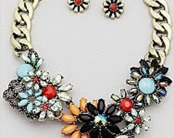 Multi Flower Statement Necklace Set