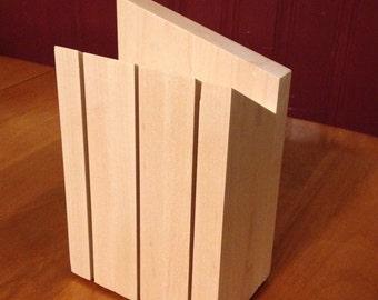 Angular Knife Block
