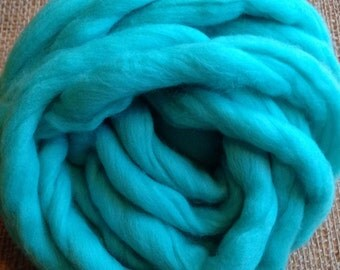 SALE! Bulky Yarn, Hand Spun Merino Wool - Antille. Use YARN15 at checkout.