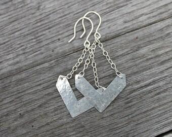 Chevron Chain Dangle Earrings