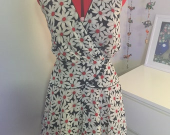 SALE Floral vintage day dress