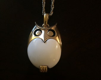 90s White And Gold Large Owl Pendant Necklace