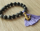 8mm Agate Bead Stretch Bracelet with Purple Tassel and Gold Alligator Charm // Gifts for Her // Stackable Bracelet Trendy Jewelry