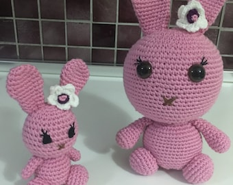 Little pink and cute bunnies by amigurumi