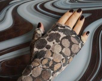Polkadots Felted mittens Fingerless felt mittens Felted gloves Fingerless gloves Felted hand warmer Nuno felt mittens Handmade gloves Cuffs