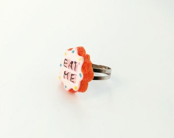 "Alice in Wonderland ring ""Eat Me"" cookie cookie Kawaii Rosa"