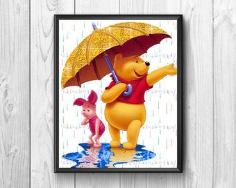 Teddy bear sympathetic with the umbrella in the rain