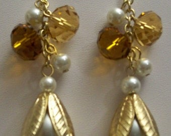 White Pearl & Light Topaz Glass Bead Earrings,Jewelry,Dangle,Drop,Earrings,Gift Ideas,Gifts for Her,Anniversaries,Birthdays,Gold,Chic,