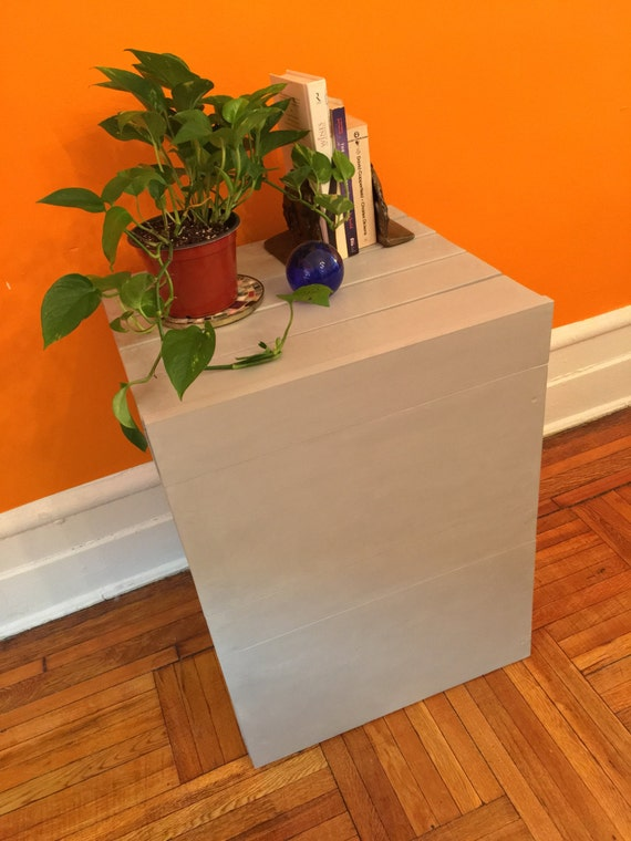 cat litter box cover table. Black Bedroom Furniture Sets. Home Design Ideas