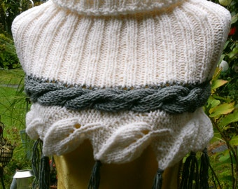 Knitting Schulterwärmer white with grey Plait Gr. 36-38 (S-m)