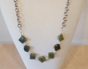 Jade bead chainmail necklace