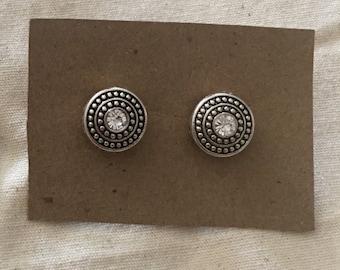 Vintage style Earrings Studs