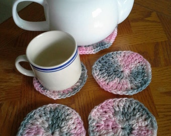 Set of 4 coasters with larger coaster: Pink & Grey