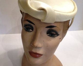 Vintage 40's Hat, Cream Satin by Ronnie.