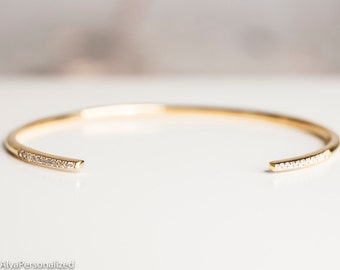 Dainty Gold Bracelet - Minimalist Jewelry - Gold Cuff Bracelet - Simple Jewelry - Gold Bangle Bracelet - Dainty Jewelry