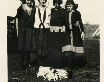Vintage photo 1924 Teenage Girls Group Around New Terrier Puppy Dogs snapshot photo